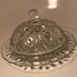 Vintage Windsor Oyster & Pearl Crystal Butter Dish